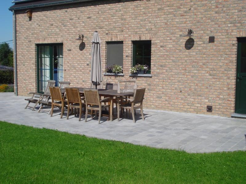 terrasse en pierre petits travaux pr s de durbuy aywaille et hotton pb constructions pb. Black Bedroom Furniture Sets. Home Design Ideas